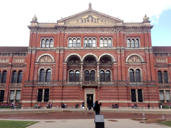 The V & A